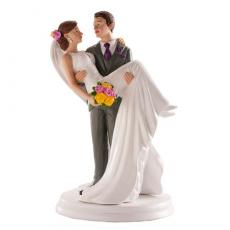 Svadobná ozdoba na tortu Ženích a nevesta na rukách